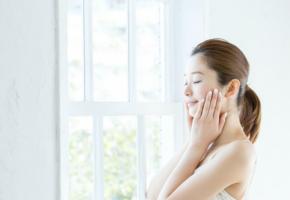 纯净肌肤精华液 邀您体验高出名声大噪玻尿酸数倍的渗透力!